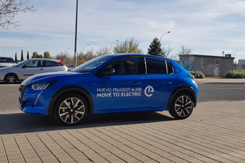 Jornada teórico-práctica sobre sistemas de recarga para vehículos eléctricos