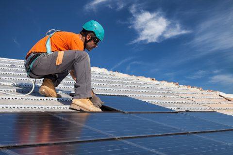 Descubre las nuevas ayudas a la fotovoltaica en Castilla-La Mancha
